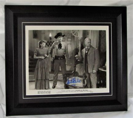 A2  MONTE HALE SIGNED WESTERN OLD MOVIE STILL PHOTO AUTHENTIC AFTAL DEALER #199